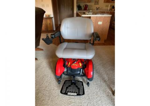 Jazzy Elite HD Electric Wheelchair / Scooter