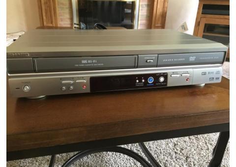 Sharp Progressive Scan DVD Recorder/Player