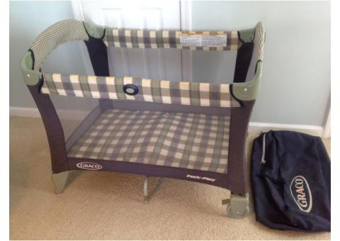 Grayco Pack 'n Play Set with Bassinet & Changing Station