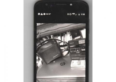polariod instant camera