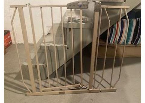 Evenflo SimpleStep Baby Gate